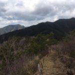 鳶ノ巣山(710m) 大日山(天曰山 676m) 枯山(548m)